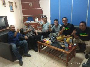 Penerima IA2019 Ini, Kunjungi Markas KNPI Banten