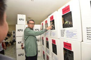 Nurdin Abdullah Dorong Percepatan Pembangunan Aquapond di Kantor Gubernur Sulsel